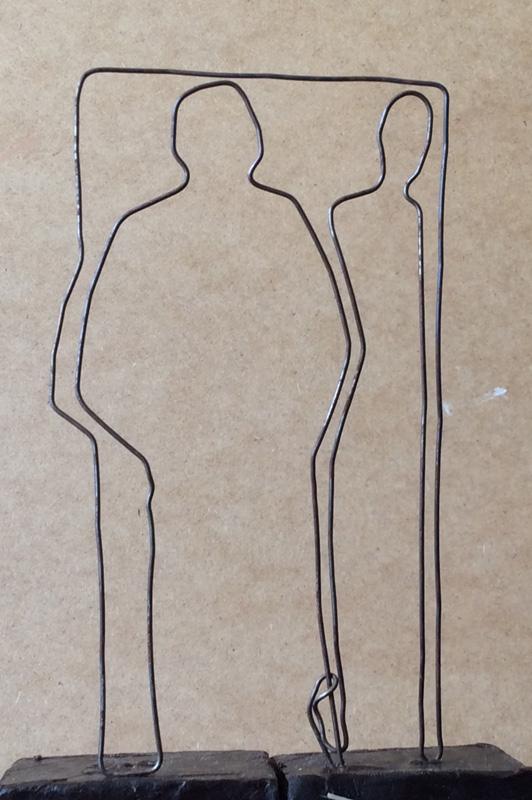 Portret van een echtpaar,-ijzerdraad, 16x8x4 cm